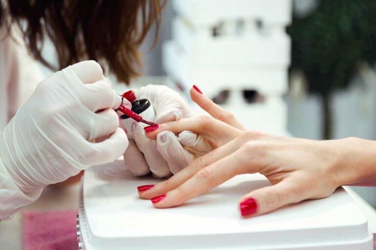 Nagellack Farbe rot